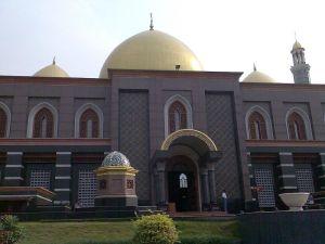 Masjid Dian_Al_Mahri-Depok Jakarta